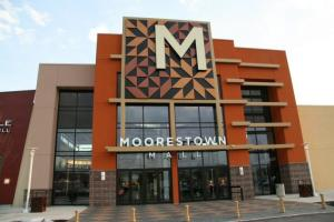 Moorestown Mall Address Hours Directions Outlets In Nj